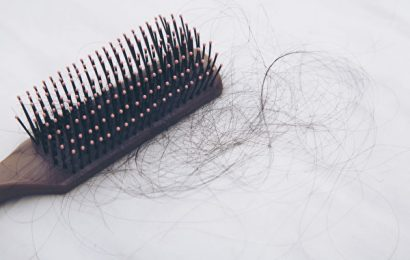 肝衰氣虛,掉髮生白髮!中醫抗落髮4對策還你茂密黑髮